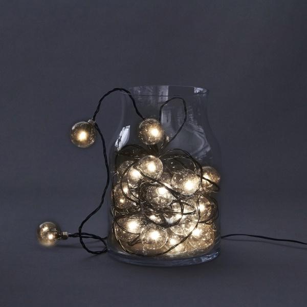 Lyslenke batteri utendørs